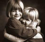 000-1107164844-girls_hugging